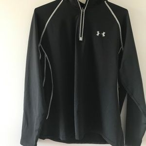 Under Armour Pullover Long Sleeves Size XL